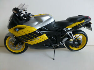 1/10 scale Diecast BMW K1200S motorcycle manufactured by Minichamps for BMW