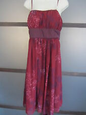 Ladies Dress Sz 10 Red Black Burgundy Built in Bra Bow Floral by Max and Cleo