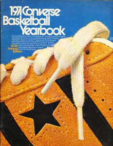 1971 Converse Basketball Yearbook em