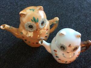 2x Vintage Miniature Owl Teapots Painted Kitsch Twee Cute Ornamental