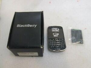 BlackBerry Bold 9930 - Black (VERIZON) Smartphone & Accessories (w/Camera)