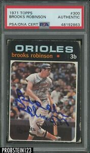 1971 71 TOPPS BROOKS ROBINSON SIGNED CARD PSA DNA AUTOGRAPH HOF ORIOLES