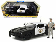 GREENLIGHT 1:18 1979 CHEVROLET CAMARO Z28 CALIFORNIA HIGHWAY PATROL WITH FIGURE