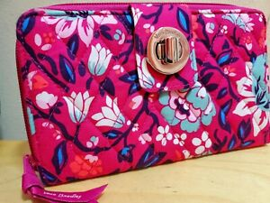 New Vera Bradley - BLOOM BERRY - RFID Turnlock Zip-Around Clutch FLORAL Wallet