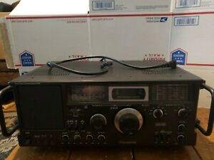 Panasonic DR49 -RF-4900LBS Rare HTF Radio. Will Need Work! Read Description
