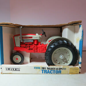 Ertl Ford 981 Select-O-Speed Tractor Made USA  1/16 FD-868-B