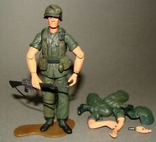"""1:18 Ultimate Soldier Vietnam U.S Army Infantry 25th Advancing Team Figure 4"""""""