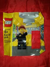 Lego Exclusive Store Employee Minifigure 5001622 New Sealed