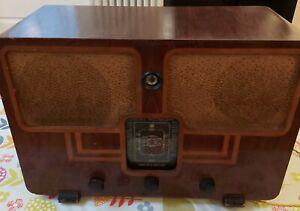 McMichael Model 372 Valve radio 1930s