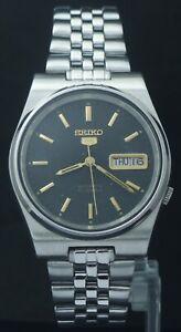 Vintage Seiko 5 Men's 17 Jewels Automatic 7009 Japan Made Original Dial Watch