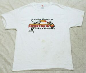 Large Hanes Tagless White Crewneck Memorial Graphic T-Shirt Solid Man Cotton Tee