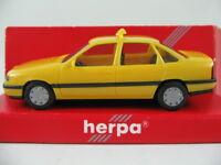 "Herpa 181938 Opel Vectra A GL Stufenheck (1988) ""TAXI Eritrea"" 1:87/H0 NEU/OVP"