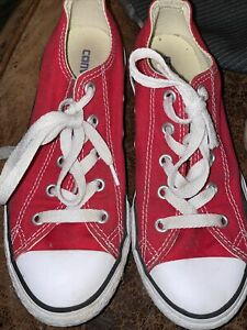 Chuck Taylor Converse Size 2 Red In Color Pre Owned . Unisex Boy Or Girl .