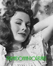JEANNE CRAIN 8X10 Lab Photo B&W '40s Elegant Lace and Pearls, Graceful Portrait