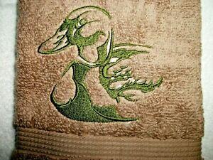 MALLARD DUCK DESIGN EMBROIDERED, TAN/ACORN COLOR HAND TOWEL