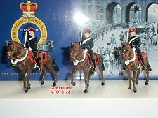 Britains 40340 collectors club militaire mounted police metal toy soldier set