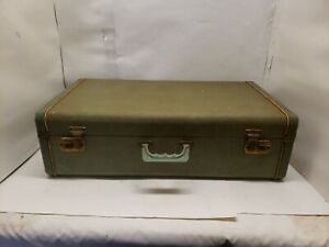 Vintage Hard Shell Suitcase, Green, 26x15x8