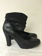 5th Avenue High Heel  black leather ankle shoes -back zipper-size 7