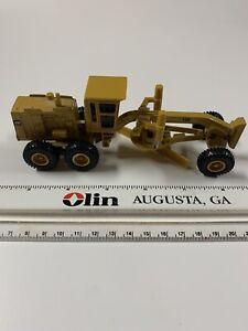 Mint ERTL Caterpillar CAT 12G Motor Grader 1/64 Scale Diecast