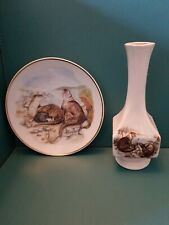 Otters Wildlife Of Britian Collectors Plate Readers Digest and Otters Vase