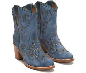 New in Box Womens Frye Victoria Stud Short Aqua Boots 79110 Size 6 MSRP $ 498