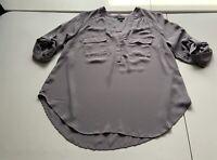 Torrid Gray Pullover Blouse Roll Tab Sleeve Sz 00 (MEDIUM)