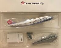 28cm CHINA AIRLINES Aircraft BOEING B747-400 Diecast 1:250 Airplane MODEL B18201