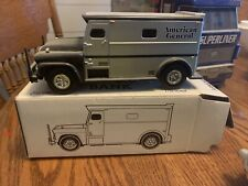 armored truck bank