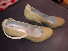 Lovely beige suede mid heel by Office with ankle strap size 5 38 New