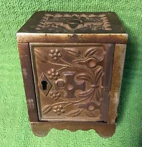 Antique J&E STEVENS Co. No 50 cast iron safe still bank Cromwell CT no key