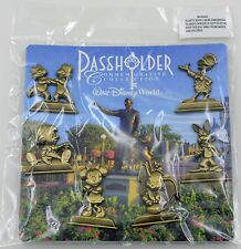 Disney Pin Gold Statue WDW Annual Passholder Partners Commemorative Set on Card