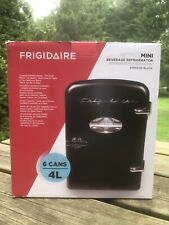 Frigidaire Portable Retro 6-can Mini Fridge Efmis129-Black Cooler Locking Latch
