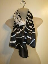 Vintage Scarf Wrap Collar Black White Abstract Illusion Swirled Cocktail Party