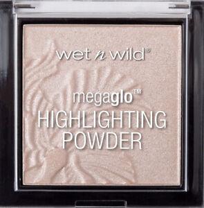 WET N WILD MegaGlo Highlighting Powder - Blossom Glow 319B