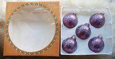 Boite x 5 boules de Noel en verre couleur violet avec motif paillette 6cm ,NEUF