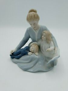 Avon A Mother's Touch Porcelain Figurine Mother's Day 1984