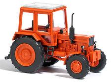 Busch 51301 H0 Traktor Belarus MTS 82