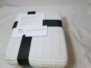 New DKNY Grid Knit Throw Blanket JETE 50x60 - Ivory  New