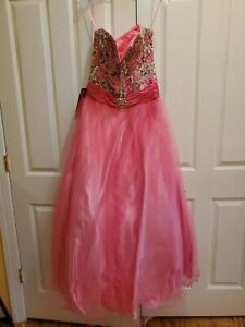 Beautiful Unique Never Used Jovani Girl's Prom Dress and Matching Jewelry Size 0