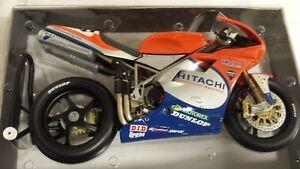 Neil Hodgson. Ducati 996RS. Team GSE racing. WSB 2001.  Minichamps 1/6