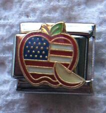 """""""PIECE OF THE APPLE AMERICAN FLAG"""" 9MM ITALIAN CHARM-USA, COUNTRY, NEW YORK"""