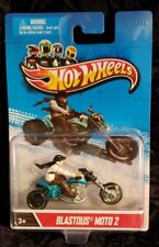 HOTWHEELS ** BLASTOUS MOTO 2 ** AWESOME TRI BIKE WITH FIGURE !!  MUST SEE !!