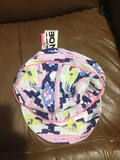 BONDS BABY GIRLS REVERSABLE HAT BNWT ONE SIZE FITS MOST FREE POST (B61,e51,e93)