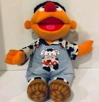 Sesame Street Ernie Singing Old Macdonald Had A Cow - Rare - Works Great