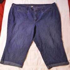 Ladies Plus Sized Avenue Jeans Stretch Rolled Bottom Capris Medium Dark Wash Siz