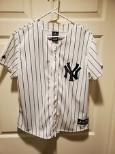 Mariano Rivera Women's Majestic Jersey. Size XL. With 1995-2013 patch.