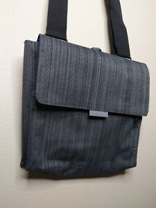 Walter + Ray Tab Airline Seatback Crossbody Travel Organizer Grey Blue NEW