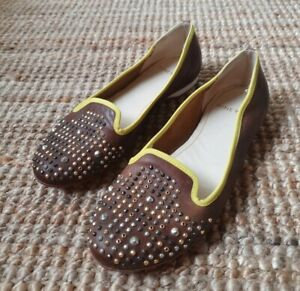 Nine West leather ballet flats brown with studded toe Size 7.5 Round Toe ITALY