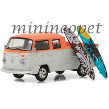 GREENLIGHT 97030 F VW VOLKSWAGEN TYPE 2 CREW CAB PICK UP 1/64 with SURFBOARDS