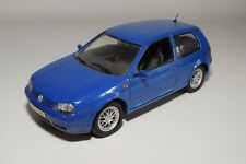 X 1:18 REVELL VW VOLKSWAGEN GOLF GTI BLUE EXCELLENT CONDITION